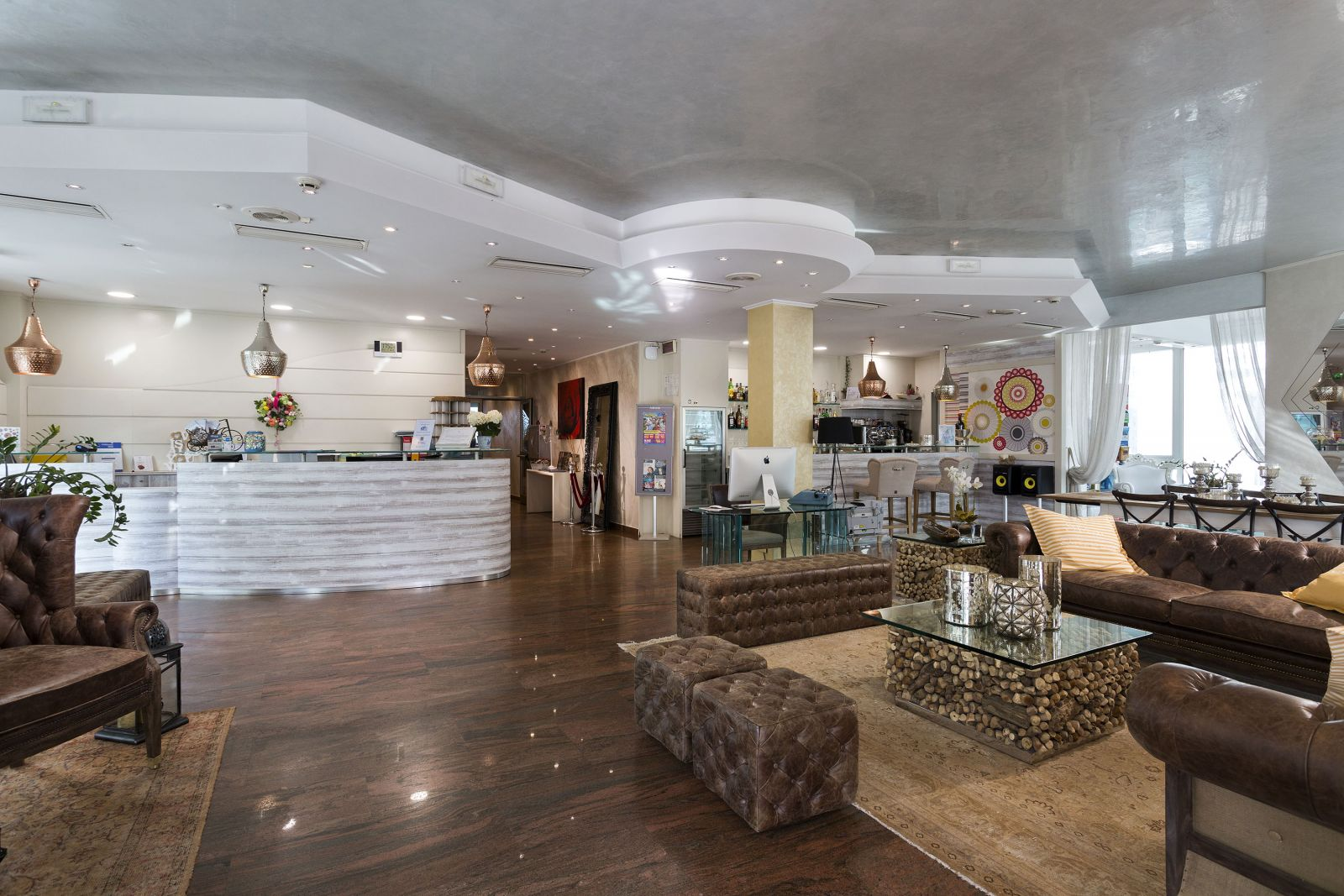 Chi Siamo - Hotel Patrizia & Residenza